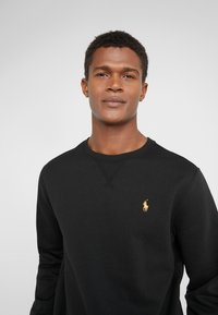 Polo Ralph Lauren - ATHLETIC - Sweatshirt - black - 4