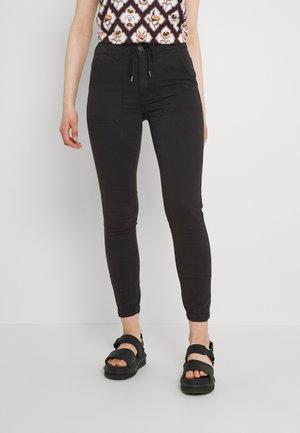 HIGH RISE  - Trousers - onyx black