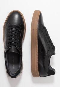 Marc O'Polo - Sneakers - black - 1