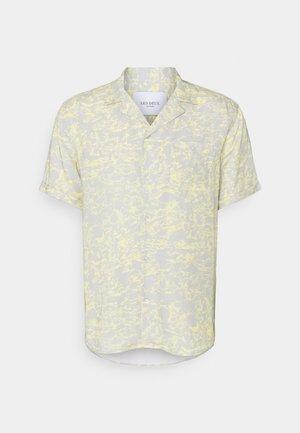 KINGSTON  - Shirt - mirage grey/lemon sorbet