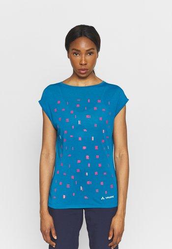 TEKOA - T-shirts med print - kingfisher