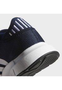 adidas Originals - SWIFT UNISEX - Sneakers - conavy/ftwwht/cblack - 8