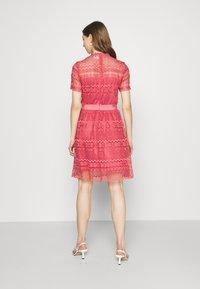 Vila - VINELLY DRESS - Cocktail dress / Party dress - slate rose - 2