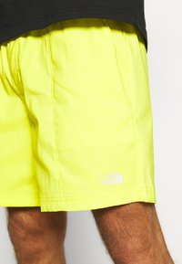 The North Face - CLASS PULL ON SHORT - Träningsshorts - sulphr - 4