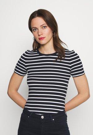 ESSENTIAL SKINNY TEE - T-shirts med print - breton/desert sky
