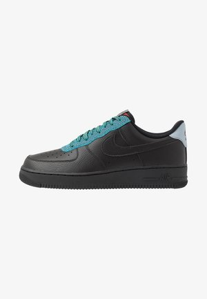 AIR FORCE 1 '07 LV8 - Sneakersy niskie - black/obsidian mist/cool grey/blue fury/bright crimson