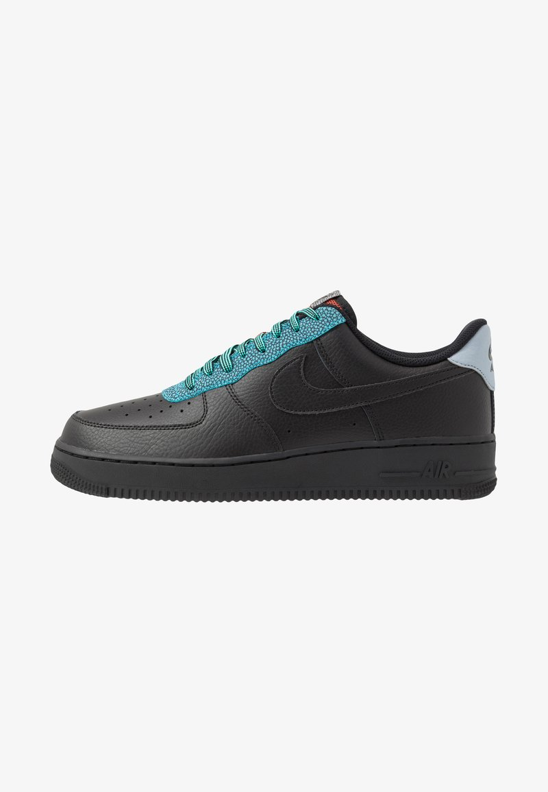 Nike Sportswear - AIR FORCE 1 '07 LV8 - Tenisky - black/obsidian mist/cool grey/blue fury/bright crimson