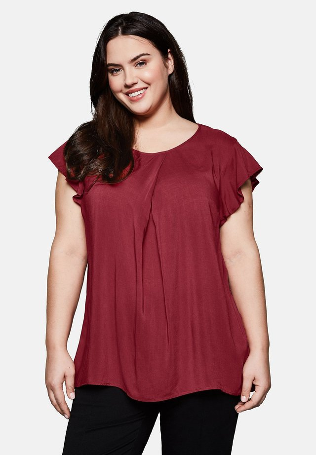 Blouse - ruby red