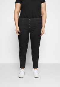 ONLY Carmakoma - CARAUGUSTA BUTTON - Jeans Skinny Fit - black - 0