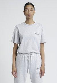 HALO - T-shirts print - lt grey melange - 3