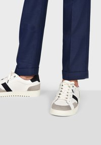 Pataugas - MARCEL H2G - Trainers - white - 1