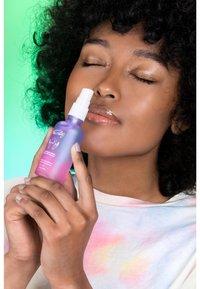 Merci Handy - RELAXING CLEANSING SPRAY - Hand cream - - - 2