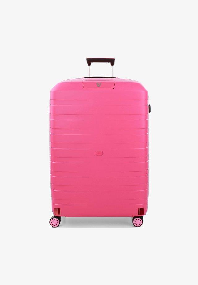Wheeled suitcase - fragola