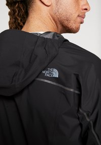 The North Face - M FLIGHT FUTURELIGHT JACKET - Giacca hard shell - black - 10