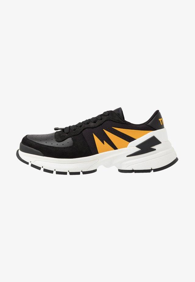 TIGER BOLT SPORTS - Sneakers basse - black/yellow/white