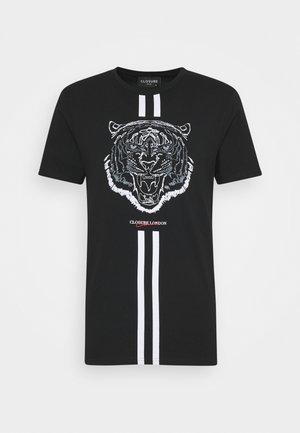 FURY TEE - Print T-shirt - black