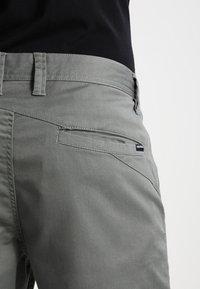Volcom - FRICKIN MODERN - Shorts - dusty green - 4