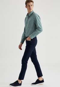 DeFacto - Formal shirt - green - 1