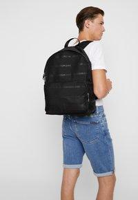 Calvin Klein Jeans - ESSENTIAL CAMPUS - Rucksack - black - 1