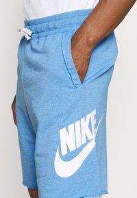Nike Sportswear - Shorts - psychic blue/sail - 3