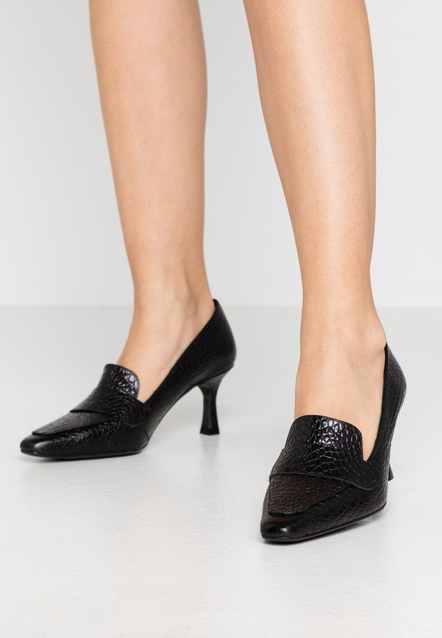 Klassiske pumps - black yango