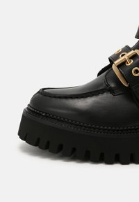 Bronx - GROOV-Y - Platform ankle boots - black - 5