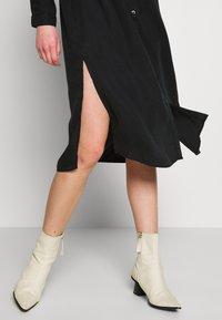 Pieces - PCNOLA  - Denní šaty - black - 5