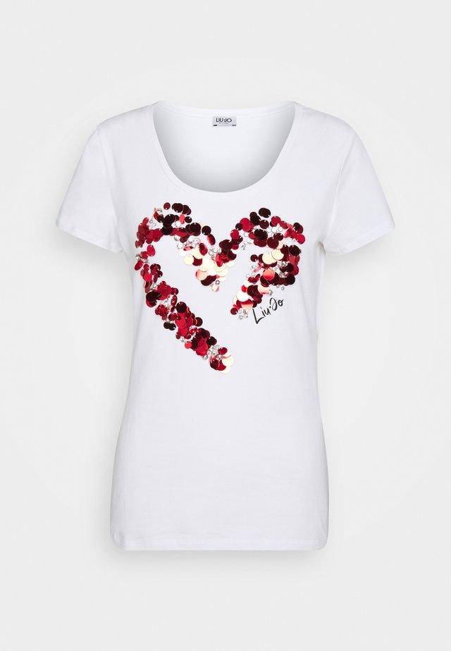 MODA - T-shirt print - bianco ottico