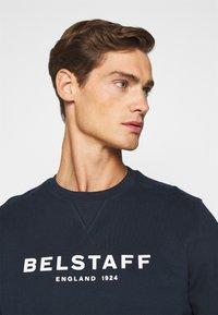 Belstaff - Sweatshirt - navy/offwhite - 6