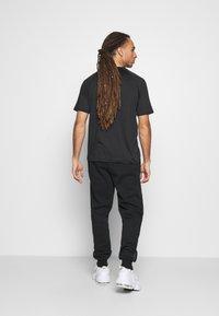 Hi-Tec - ARCHIE BASIC JOGGER - Pantaloni sportivi - black - 2