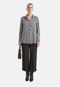 Elena Mirò - Button-down blouse - nero - 1