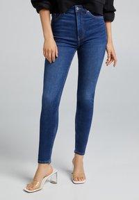 Bershka - Jeans Skinny Fit - royal blue - 0