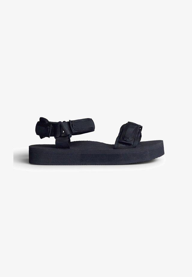 LINDA - Sandalen met plateauzool - black