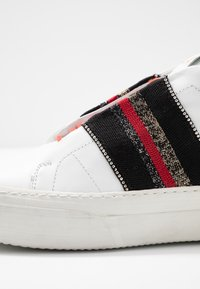 Replay - FRASER - Trainers - white/red - 2