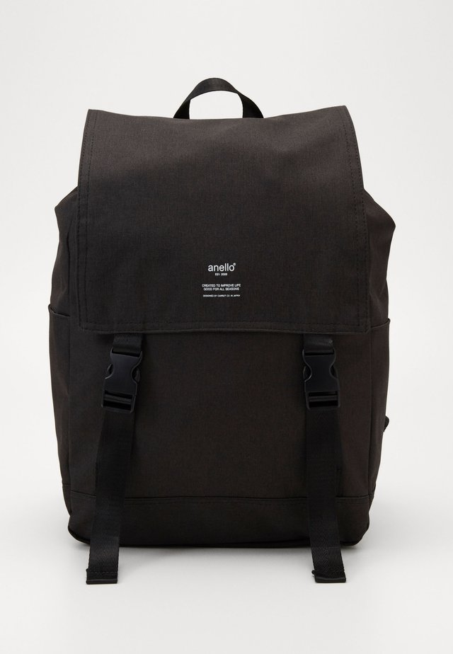 SLIM FLAP BACKPACK UNISEX - Ryggsekk - black