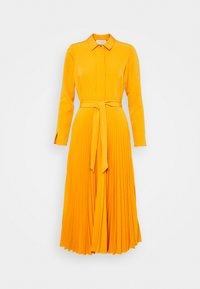Closet - CLOSET PLEATED SHIRT DRESS - Maxi dress - rust - 4