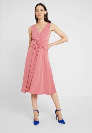 Day dress - mauvewood
