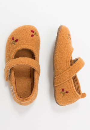 Slippers - pumpkin