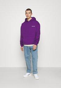 9N1M SENSE - LOGO HOODIE UNISEX - Collegepaita - purple - 1