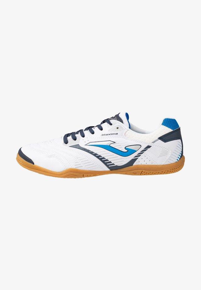MAXIMA - Indoor football boots - white
