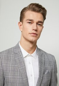 Lindbergh - CHECKED SUIT - Oblek - grey check - 6