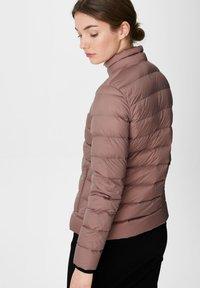 C&A - Down jacket - dark pink - 2