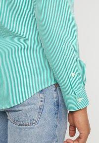 Polo Ralph Lauren - NATURAL  - Vapaa-ajan kauluspaita - stem green - 5