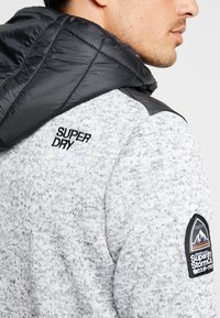 Superdry - STORM FLASH HYBRID - Korte jassen - light grey grit - 5