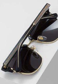 Gucci - Sunglasses - black/gold-coloured/grey - 5