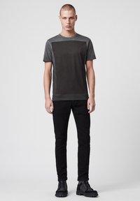 AllSaints - LOBKE  - T-shirts print - black - 1