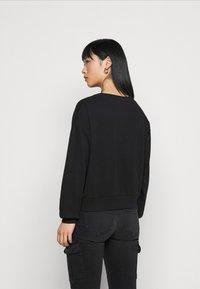 ONLY Petite - ONLCHRISSY LIFE BOXY - Sweatshirt - black - 2