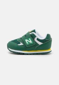 New Balance - IV393BGR - Trainers - green - 0