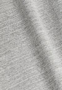 Esprit Sports - Print T-shirt - medium grey - 8