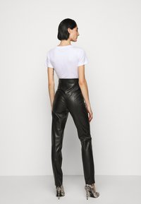 Patrizia Pepe - Leggings - Trousers - nero - 2
